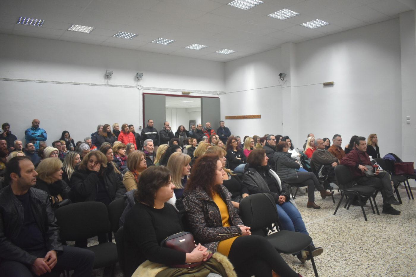 Για την εξέλιξη των αιτημάτων τους ενημερώθηκαν οι πρώην εργαζόμενοι των Σούπερ Μάρκετ Λάρισα (φωτο)