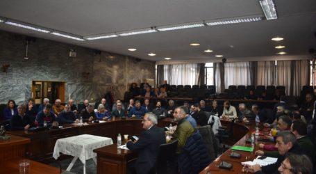 Δημόσια καταγγελία Καλογιάννη κατά Νασιακόπουλου για τη συγκρότηση του ΦΟΣΔΑ – Ανησυχία για το προσφυγικό στο Δημοτικό Συμβούλιο