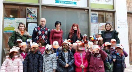 Μικροί μαθητές ενίσχυσαν το Κοινωνικό Παντοπωλείο Λάρισας
