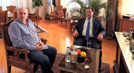 Στο Δημαρχείο Βόλου ο Υπουργός Ανάπτυξης Άδωνις Γεωργιάδης [εικόνες]