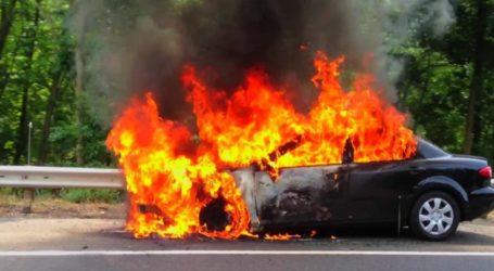 Τυλίχθηκε στις φλόγες εν κινήσει αυτοκίνητο στον δρόμο Λάρισας – Βόλου