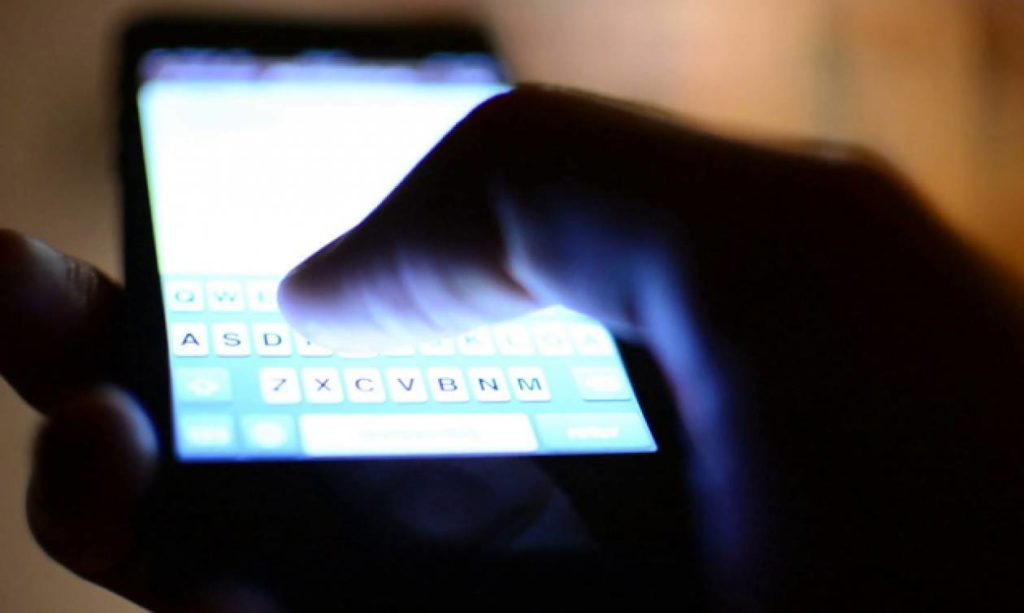 close up of thumb typing message on bright smartphone screen btuqcvjhx thumbnail full04