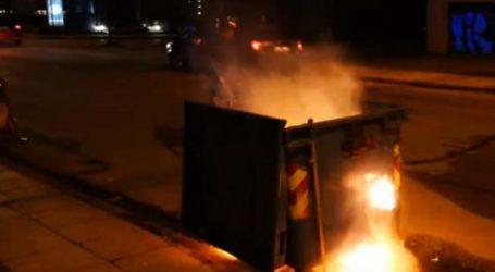 Βόλος: Κάδοι απορριμμάτων στις φλόγες από στάχτες τζακιών
