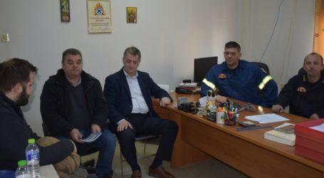 Κλιμάκιο του ΚΚΕ επισκέφθηκε την Πυροσβεστική Υπηρεσία Λάρισας
