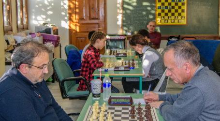 Πρωταθλήτρια η Ακαδημία σκακιστών Βόλου στη Θεσσαλία