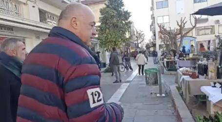 Σιωπηρή ανοχή στους μικροπωλητές της Πλ. Πανεπιστημίου υποσχέθηκε ο Αχιλλέας Μπέος [βίντεο]