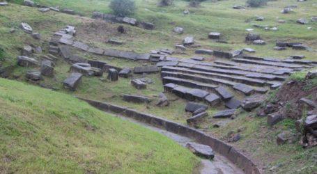 Κ. Μαραβέγιας: Κορυφαία προτεραιότηταη αναστήλωση του αρχαίου θεάτρου Φθιωτίδων Θηβών