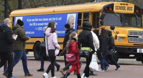 Λεωφορείο αναστάτωσε τα ανάκτορα του Μπάκιγχαμ