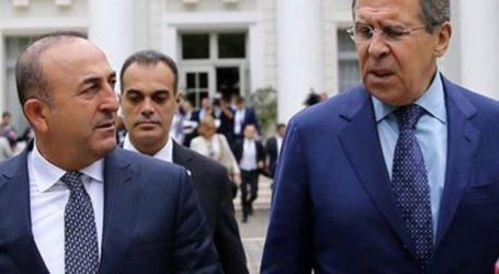 Λαβρόφ και Τσαβούσογλου συμφώνησαν στην τήρηση της συμφωνίας για το Ιντλίμπ