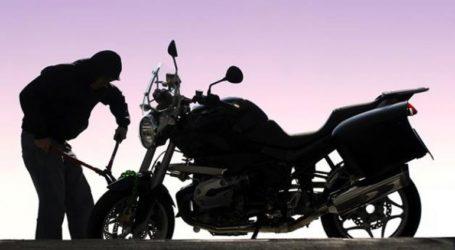 Για κλοπή μοτοσικλετών κατηγορούνται ένας 18χρονος και ένας ανήλικος