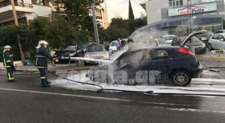 Πυρκαγιά σε αυτοκίνητο στην περιοχή της Βούλας