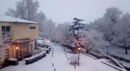 Χιονίζει στα ορεινά των Τρικάλων-Δεν υπάρχουν προβλήματα στις μετακινήσεις