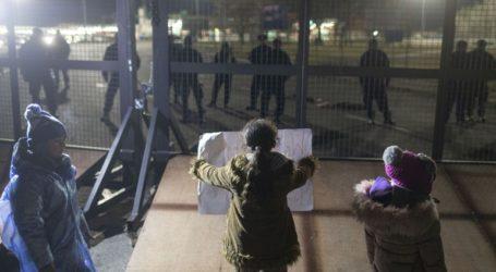 Απομακρύνθηκαν οι μετανάστες που είχαν αποκλείσει τα σύνορα Σερβίας