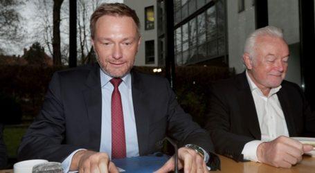 Ο Κρίστιαν Λίντνερ παραμένει αρχηγός του FDP