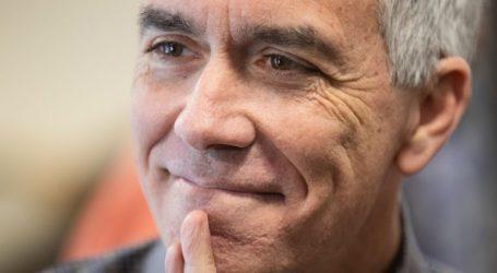 Ο Τζο Γουόλς αποσύρεται από την κούρσα για το χρίσμα των Ρεπουμπλικάνων