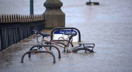 Ευρώπη: Αυξάνονται συνεχώς τα θύματα της καταιγίδας «Κιάρα»