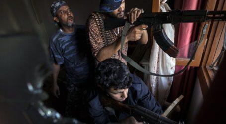 Οι Αρχές της Λιβύης να «διαλύσουν και να αφοπλίσουν» τις παραστρατιωτικές οργανώσεις
