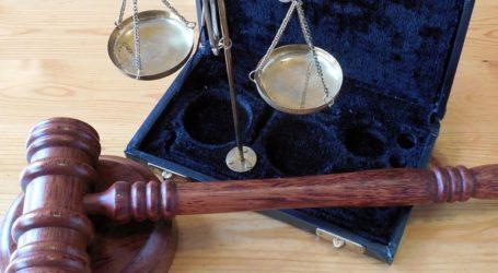 Κατά της ύπαρξης σταυρού στις αίθουσες των δικαστηρίων τάσσεται η Ένωση Δικαστών της Αυστρίας
