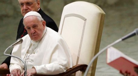 Ο πάπας Φραγκίσκος προσεύχεται «για τους Κινέζους αδελφούς» που έχουν προσβληθεί από τον κορωνοϊό