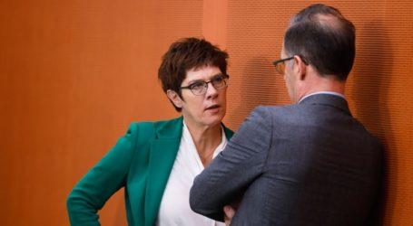 Ξεκινούν οι διαδικασίες για τη νέα ηγεσία στο CDU