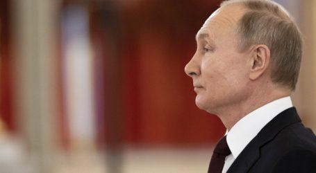 Μειώθηκε η δημοτικότητα του Πούτιν