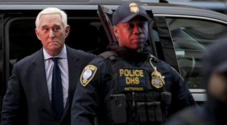 Ο Τραμπ κατηγορεί για «προκατάληψη» τους ενόρκους στη δίκη του Ρότζερ Στόουν