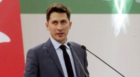«Τα σενάρια συμπόρευσης είτε με ΣΥΡΙΖΑ είτε με ΝΔ είναι παραμύθια της Χαλιμάς»
