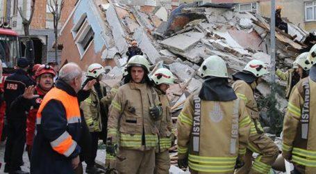 Κατέρρευσε 7οροφο κτίριο στην Κωνστατινούπολη