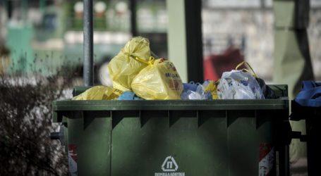 Ο Δήμος Πειραιά αντικαθιστά τους κάδους απορριμμάτων και ανανεώνει τον στόλο καθαριότητας