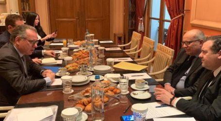 Συνάντηση Κουμουτσάκου με τους Πρέσβεις Ιταλίας, Ισπανίας και Κύπρου