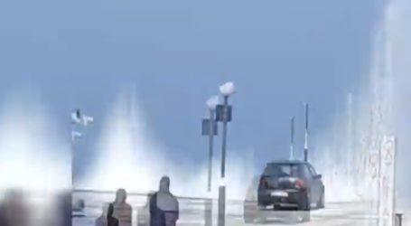 Ελεγχόμενη έκρηξη οβίδας μέσα στη θάλασσα στα Καμμένα Βούρλα