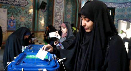 Άνοιξαν οι κάλπες για τις βουλευτικές εκλογές στο Ιράν
