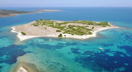 Πρόταση για μεταφορά μεταναστών σε νησίδα της Λέσβου