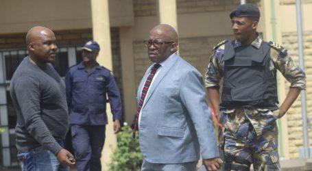 Ο πρωθυπουργός Ταμπάνε δεν προσήλθε στο δικαστήριο για τον φόνο της πρώην συζύγου του