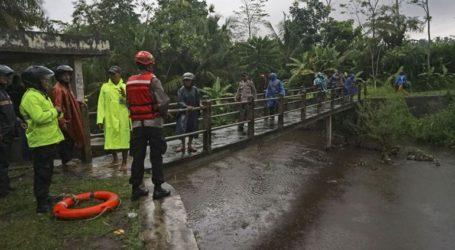 Ινδονησία: Τουλάχιστον έξι μαθητές σκοτώθηκαν