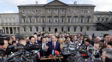 Διερευνητικές συνομιλίες ξεκινούν τα δύο μεγάλα κεντροδεξιά κόμματα στην Ιρλανδία