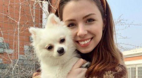 Μια 22χρονη Ουκρανή αρνήθηκε να φύγει από την πόλη Ουχάν χωρίς τον σκύλο της