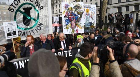Διαδήλωση στο Λονδίνο κατά της έκδοσης του Τζούλιαν Ασάνζ