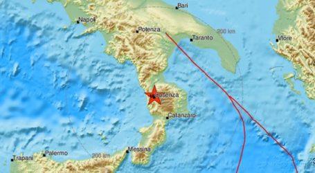 Σεισμός 4,8 Ρίχτερ στη νότια Ιταλία