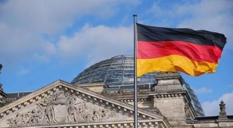 Υποψήφιος για την ηγεσία του CDU ο Φρίντριχ Μερτς