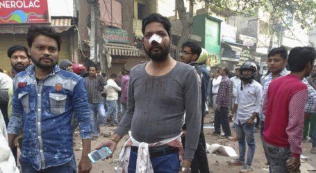 Δεκατρείς νεκροί και 150 τραυματίες από τις συγκρούσεις στο Νέο Δελχί