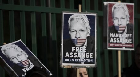 Η υπεράσπιση του Ασάνζ καταγγέλλει ότι οι αμερικανικές διώξεις βασίζονται σε ψέματα