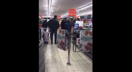 Άγριος καβγάς σε σούπερ μάρκετ πόλης που έχει αποκλειστεί λόγω κορωνοϊού