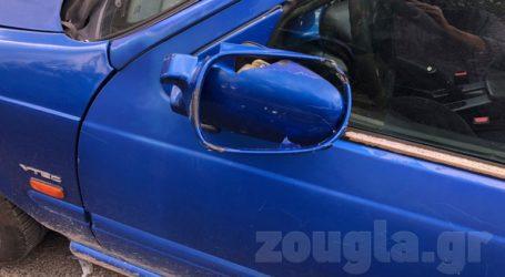 Κάτοικοι καταγγέλλουν ότι άνδρες των ΜΑΤ προκάλεσαν φθορές σε αυτοκίνητα