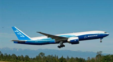 Boeing 777 με 200 επιβάτες επιστρέφει στη Μόσχα λόγω ρωγμής σε παράθυρο