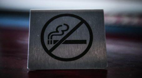 Γιατροί κάπνιζαν μέσα σε νοσοκομεία