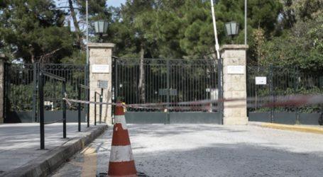 Σε τεστ για τον κορωνοϊό θα υποβληθούν πέντε από τους μαθητές που επέστρεψαν από το Λονδίνο