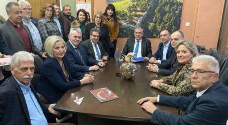 Καπετάνος: Έργα 27 εκ. ευρώ για δήμους του Νομού και σύσκεψη για το υδρευτικό στα Φάρσαλα, από την επίσκεψη Θεοδωρικάκου