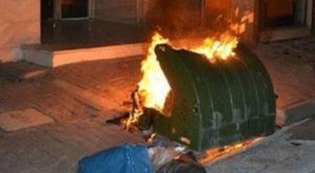 Στις φλόγες κάδος απορριμμάτων στον Βόλο από ξεχασμένα κάρβουνα