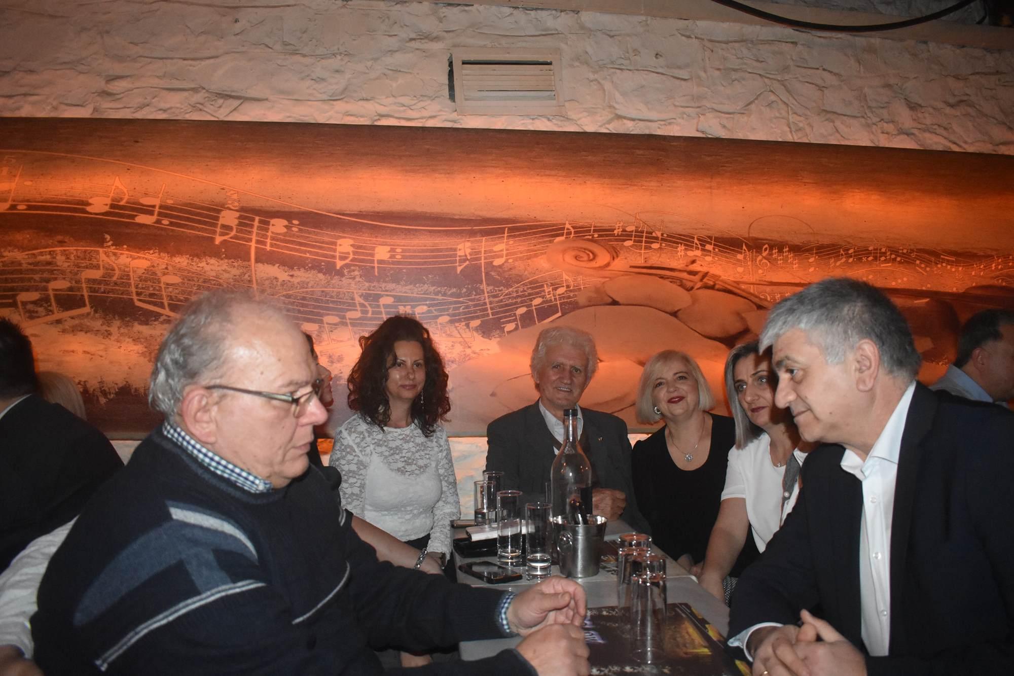 Πλήθος κόσμου στη φιλική βράδια της «Συμπαράταξης Λαρισαίων» - Καλογιάννης: Παρακαταθήκη μας για τη Λάρισα είναι η ίδια η Συμπαράταξη (φωτό)